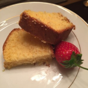 Limonlu kek                                                    12 dilim,  162 kalori